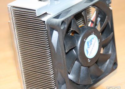 Desktop koelblok + ventilator met compressor gereinigd