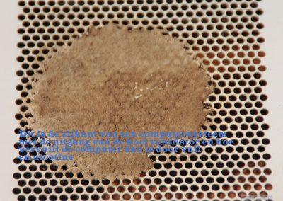 Soort honingraat van nicotine en stof